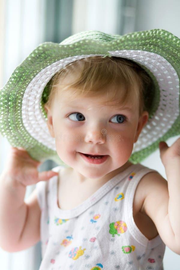 Enfant Avec Un Chapeau Image libre de droits