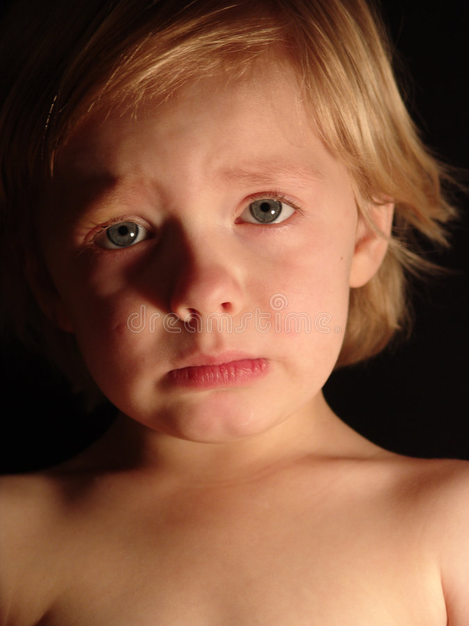 Enfant bouleversé image libre de droits