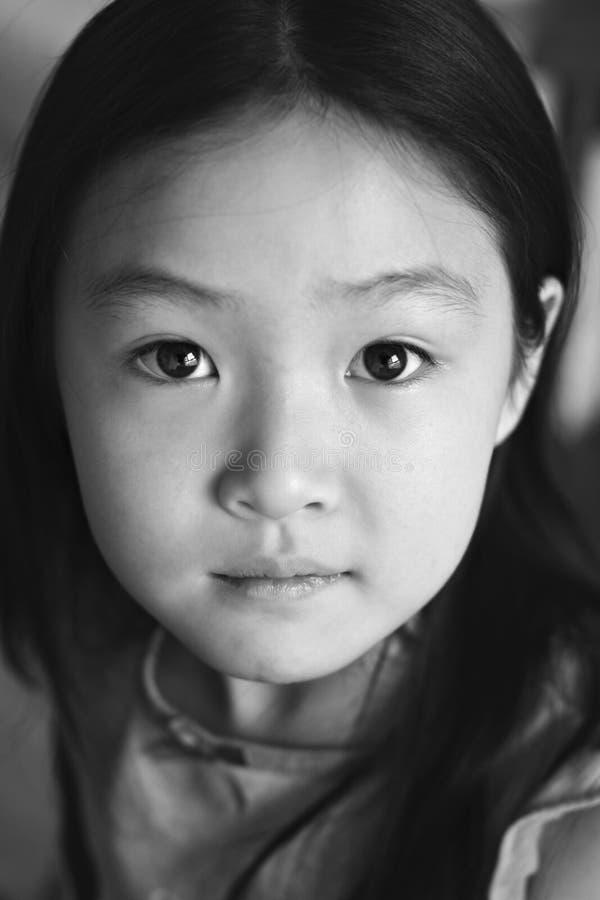 Enfant d'Asiatique de verticale images libres de droits