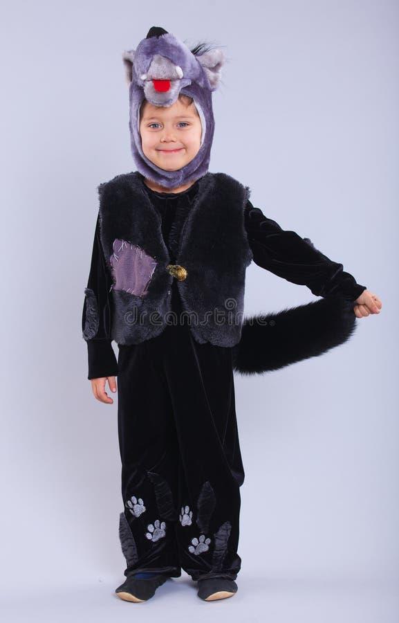 Enfant dans costumé images stock