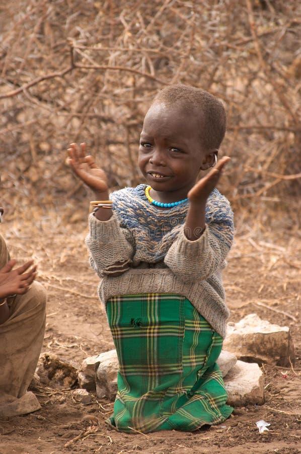 Enfant de masai à l'école photographie stock