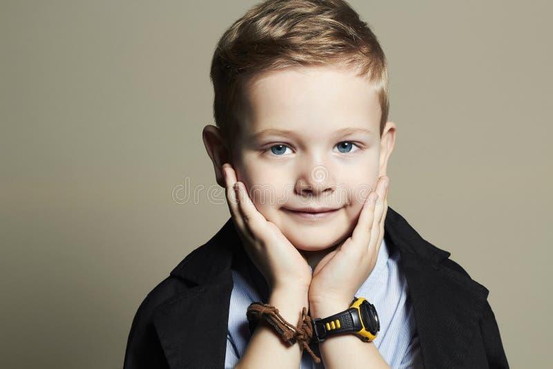 Enfant drôle Petit garçon beau Fashion Children image libre de droits
