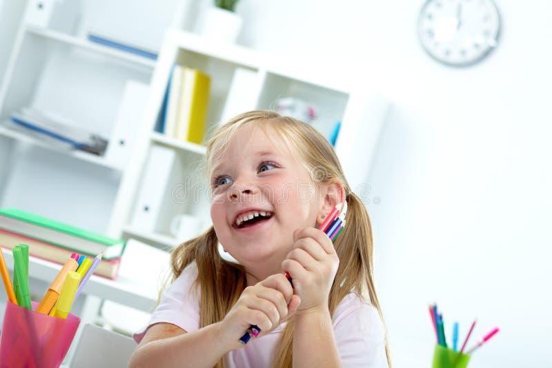 Enfant Joyeux Photos libres de droits