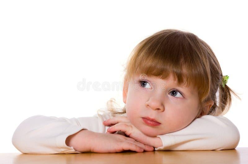 Enfant songeur photographie stock libre de droits