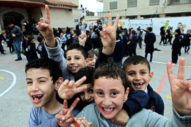 Enfants à l'école de Rammallah photos libres de droits