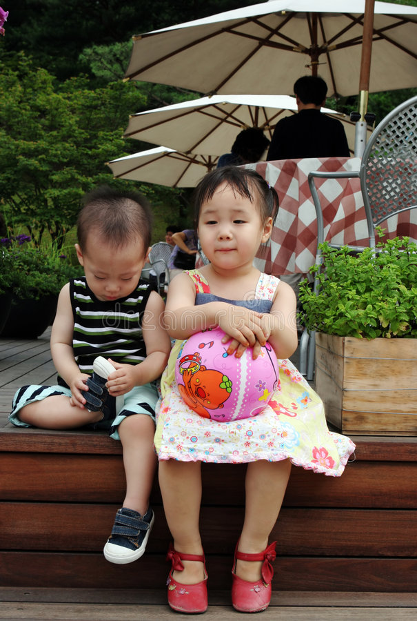 Enfants asiatiques photo libre de droits