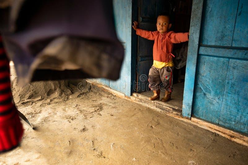 Enfants au Népal photos stock