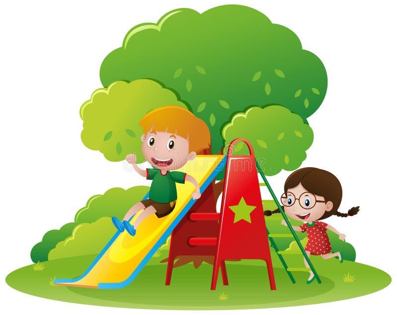 Enfants ayant l'amusement sur la glissière illustration stock