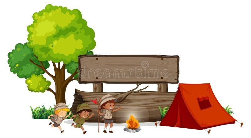 Enfants campants avec la bannière en bois illustration libre de droits