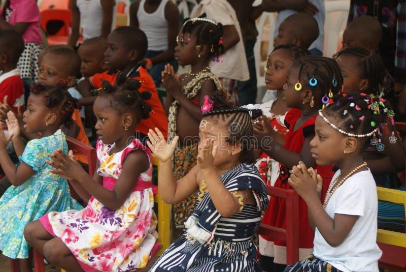 ENFANTS DE JOUR photos libres de droits