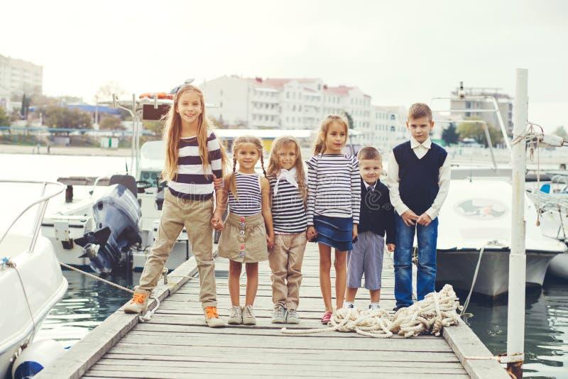 Enfants de mode images stock
