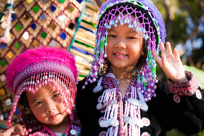 Enfants de tribu d'Akha image stock