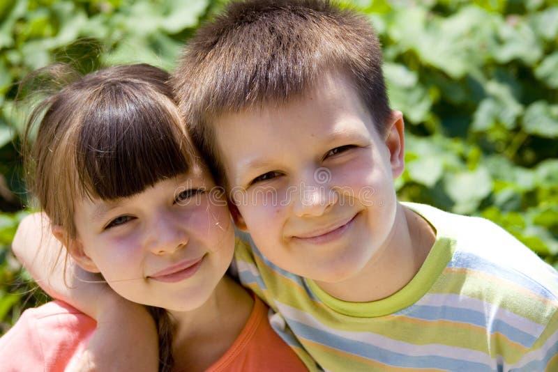 Enfants heureux photo libre de droits