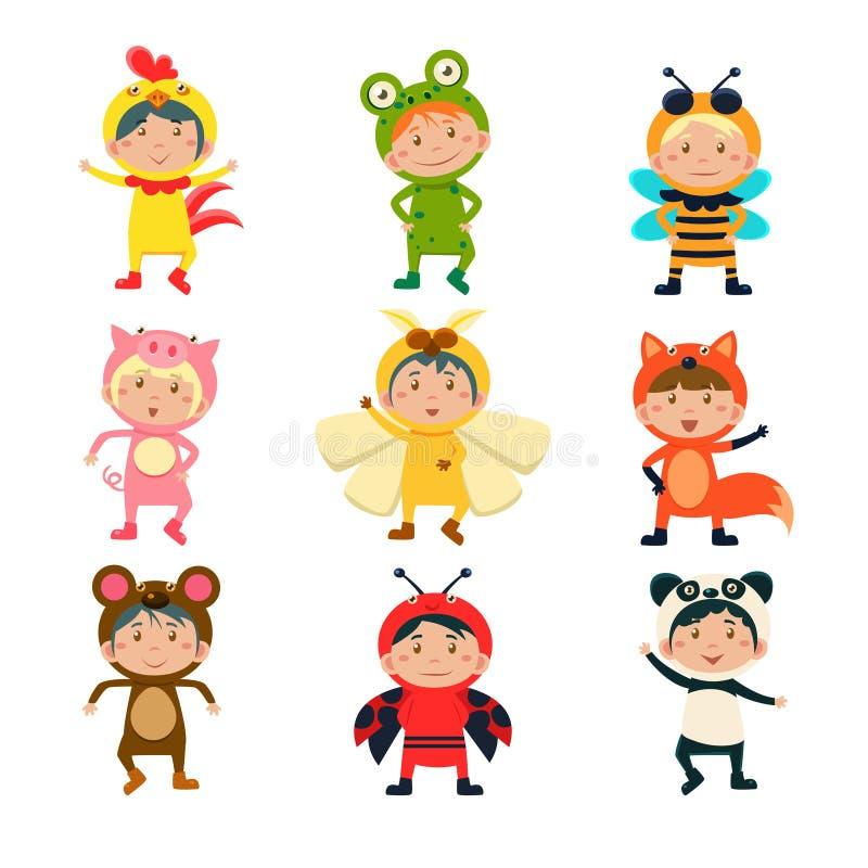 Enfants mignons utilisant les costumes animaux illustration stock