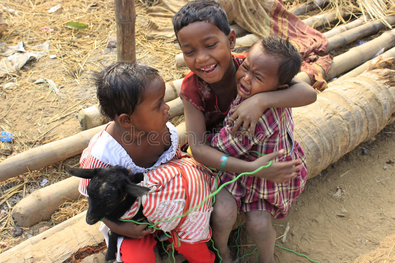 Enfants sans foyer photos libres de droits