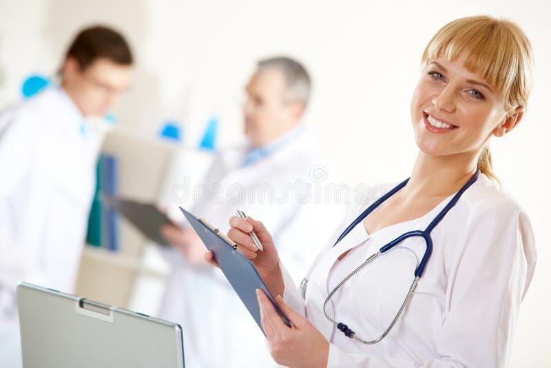 Enfermeira amigável fotografia de stock royalty free