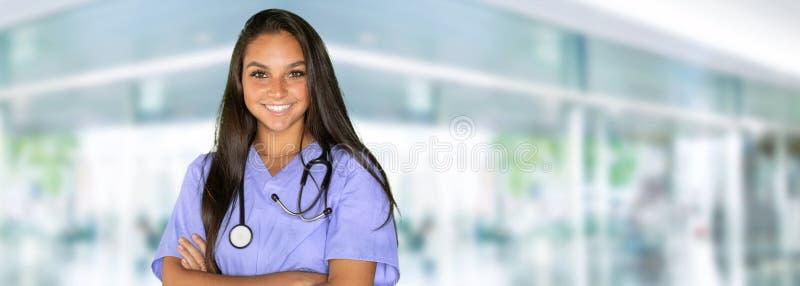 Enfermeira fêmea da minoria fotografia de stock royalty free