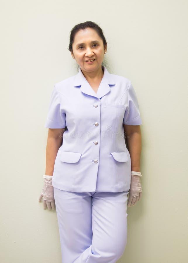 Enfermeira fêmea de sorriso imagem de stock royalty free