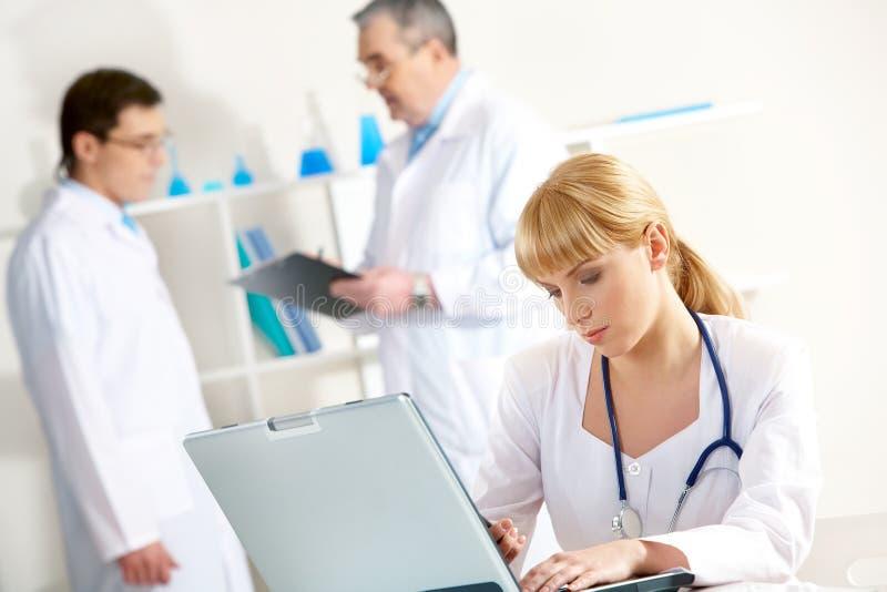 Enfermera en el trabajo foto de archivo libre de regalías
