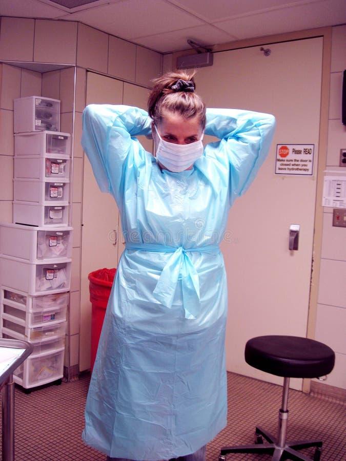 Enfermera en vestido azul fotos de archivo