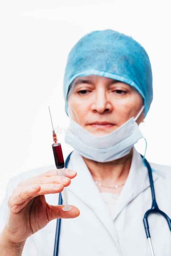 Enfermera enfocada imagen de archivo