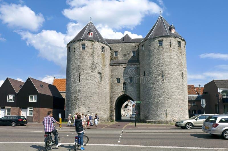 Enfoque de Op. Sys. de Bergen de la opinión de la ciudad con la puerta de la prisión foto de archivo