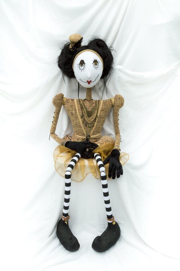 Enfrentar de assento da boneca assustador do steampunk para a frente vertical foto de stock royalty free