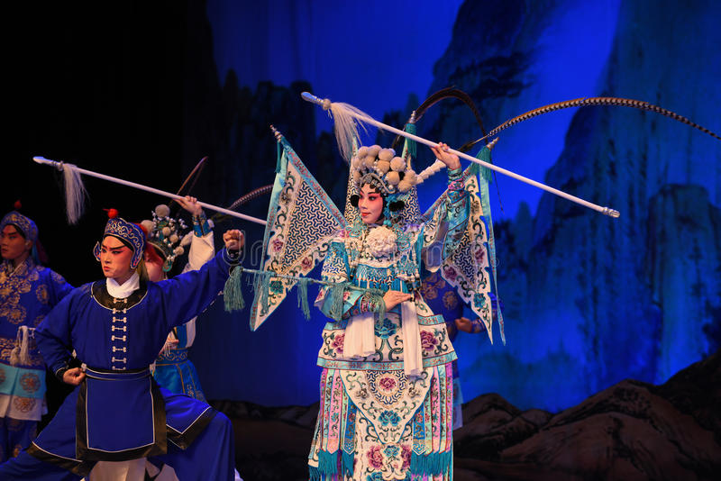 """engage in fierce battle- Beijing Opera"""" Women Generals of Yang Family"""". This opera tells a patriotic story how does an old woman of a hundred royalty free stock image"""
