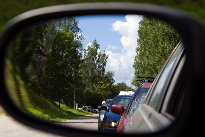 Engarrafamento de espelho de carro foto de stock