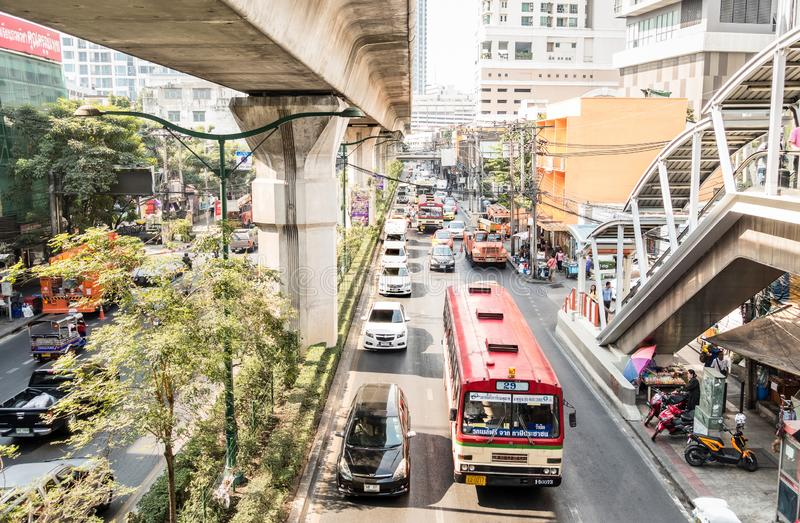 Engarrafamento no centro da cidade da capital de Banguecoque de Tailândia foto de stock royalty free