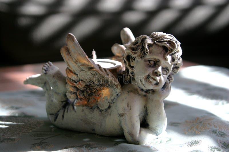 Download Engel in den Schatten stockbild. Bild von kerze, reinheit - 44257