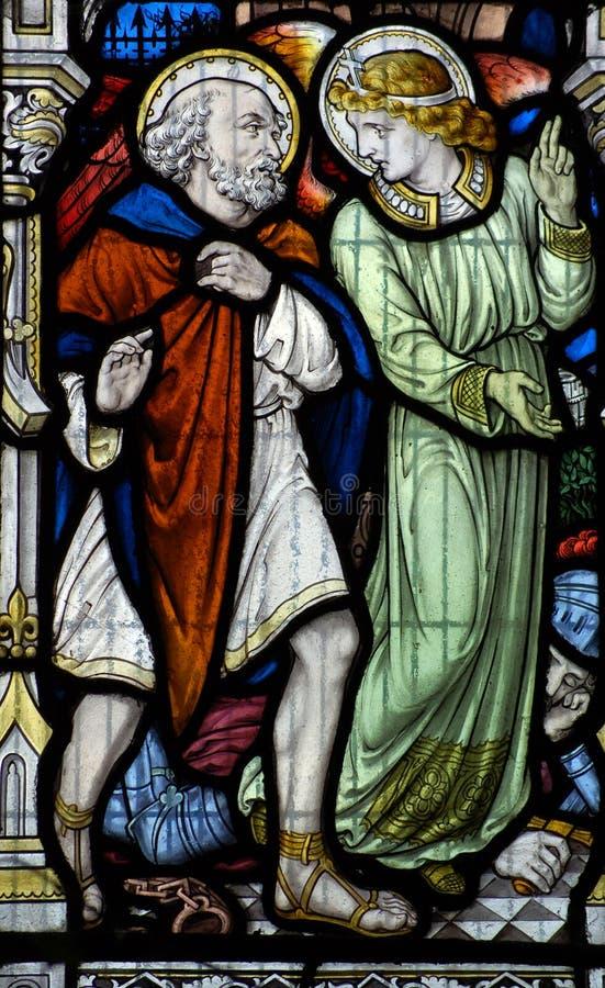Engel en Heilige Leonard van Noblac stock foto