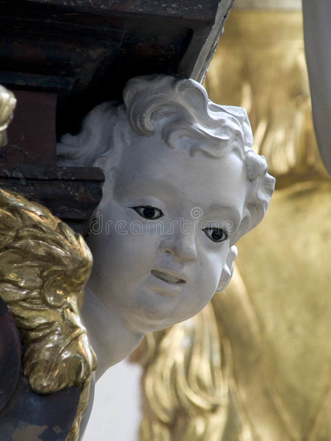 Engel met gouden vleugels royalty-vrije stock foto