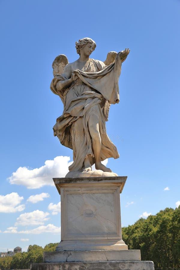 Engel mit dem Sudarium in Rom, Italien lizenzfreie stockfotografie