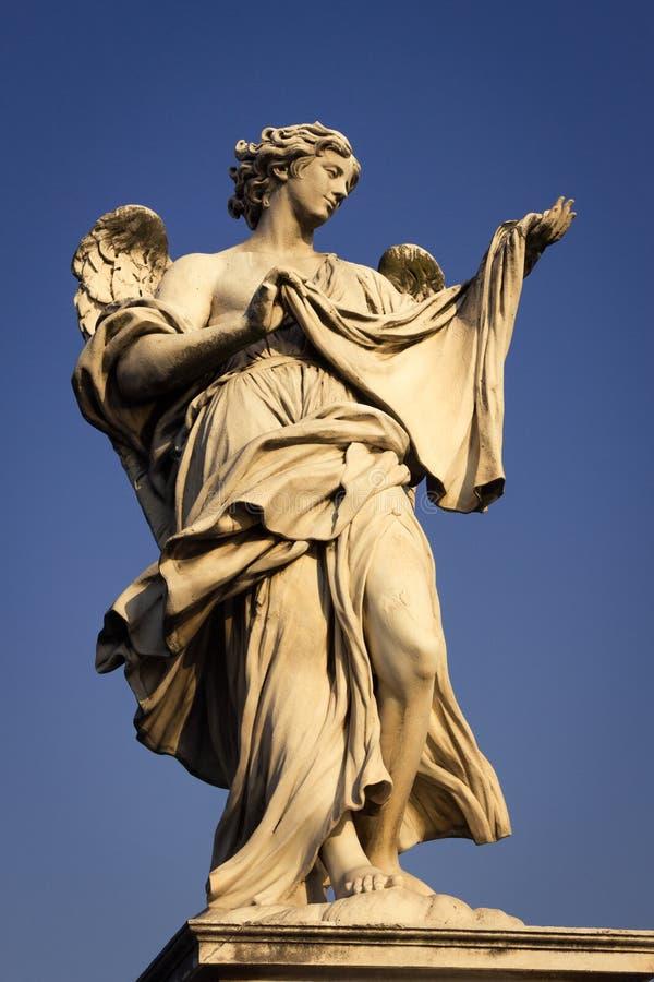Engel mit dem Sudarium Veronica-` s Schleier stockfotografie