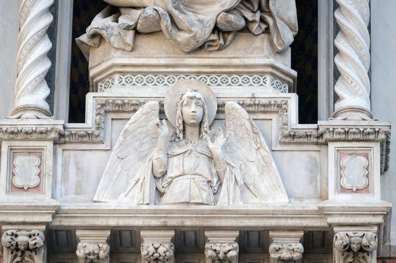 Engel, Poort van Florence Cathedral royalty-vrije stock fotografie
