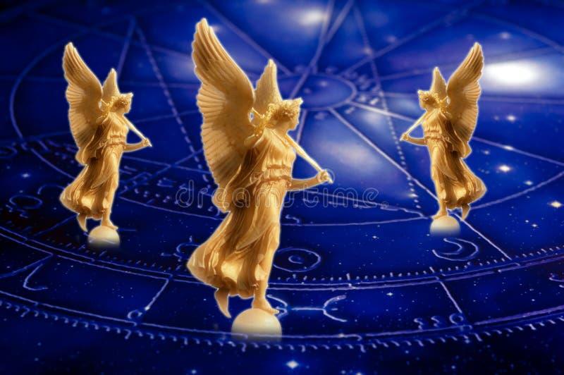 Engel und Astrologie lizenzfreie stockbilder