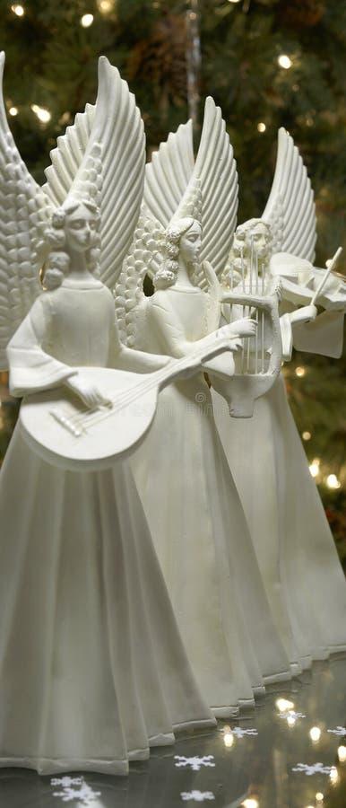 Engelen die Muziek spelen bij Kerstmis royalty-vrije stock fotografie