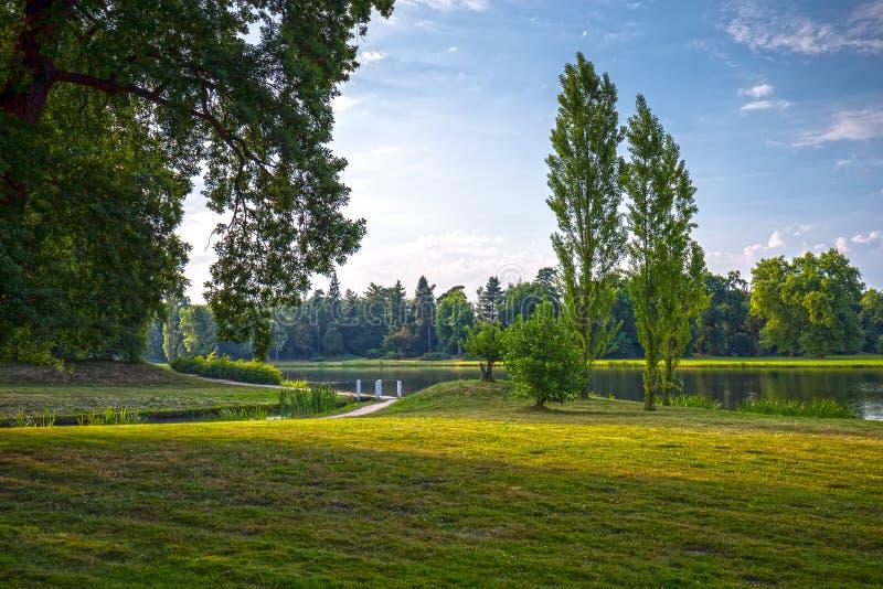 Engels park van Woerlitz stock foto