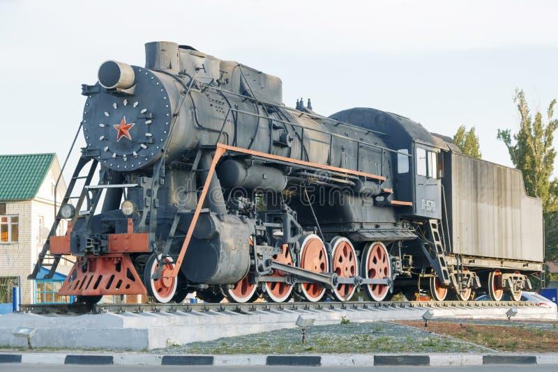 Engels, región de Saratov, Rusia - 08/24/2019: Monumento a los trenes foto de archivo libre de regalías