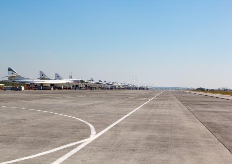 Engels Ryssland - Augusti 19, 2017: Dag av luftflottan fotografering för bildbyråer