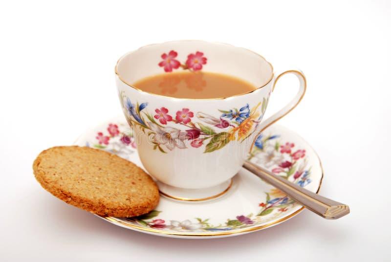 Engels thee en koekje stock afbeeldingen