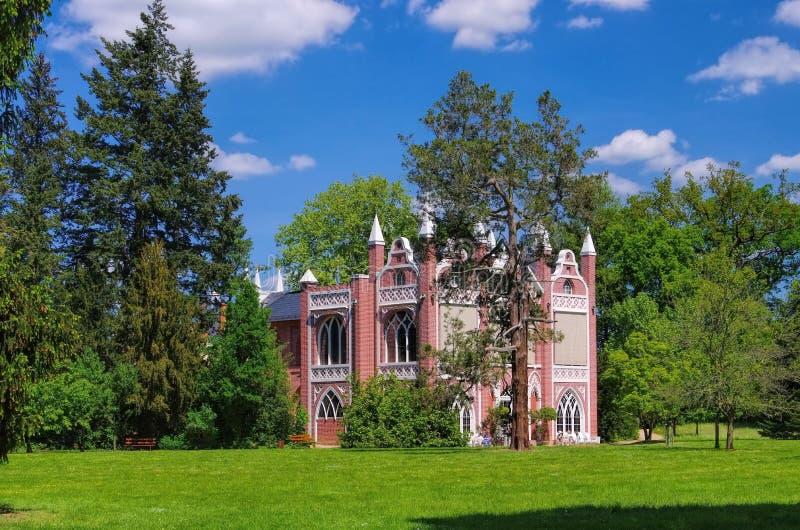 Engelse Gronden van het Gotische Huis van Woerlitz royalty-vrije stock afbeeldingen