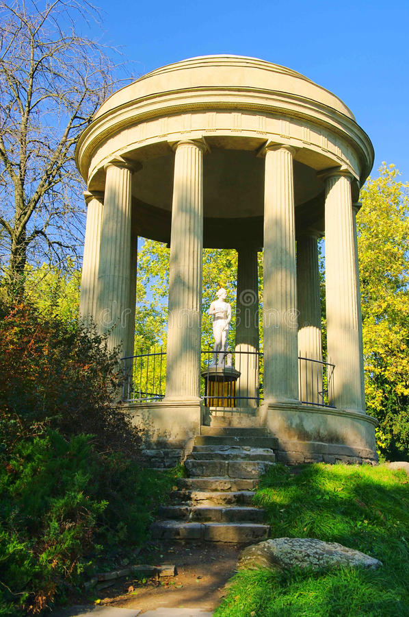 Engelse Gronden van Tempel Woerlitz van Venus stock foto's