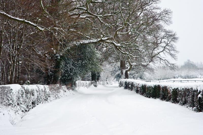 engelsk rurual snowvinter för bygd royaltyfri bild