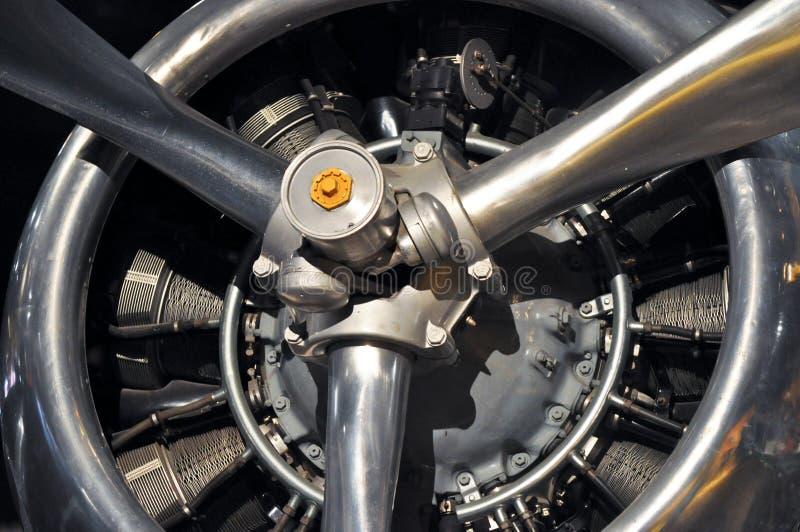Engine d'avion d'antiquité photographie stock libre de droits