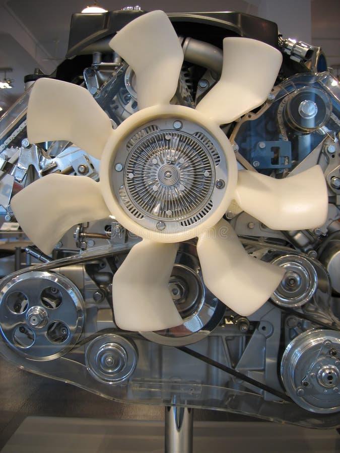 Engine de véhicule