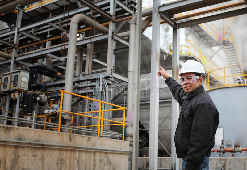Download Engineer oil refinery stock photo. Image of manufacturing - 28363604