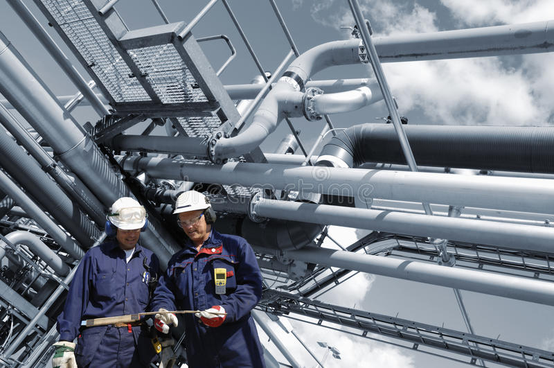 Download Engineers And Fuel Pipelines Stock Photo - Image: 22665916