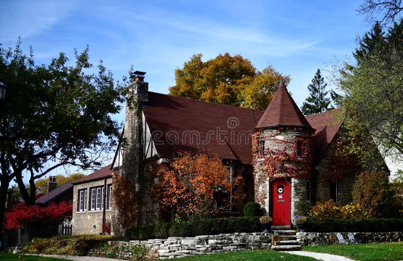 Englisch Tudor Cottage lizenzfreies stockfoto